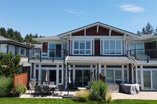 Photo 1: 5969 BEACHGATE Lane in Sechelt: Sechelt District Townhouse for sale (Sunshine Coast)  : MLS®# R2470886