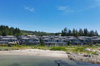 Photo 3: 5969 BEACHGATE Lane in Sechelt: Sechelt District Townhouse for sale (Sunshine Coast)  : MLS®# R2470886