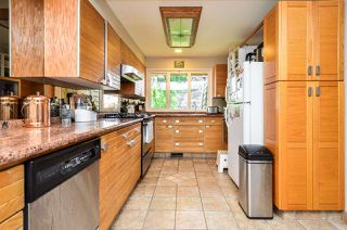 Photo 5: 1978 NASSAU Drive in Vancouver: Fraserview VE House for sale (Vancouver East)  : MLS®# R2480978
