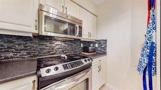 """Photo 3: 302 8728 SW MARINE Drive in Vancouver: Marpole Condo for sale in """"RIVERVIEW COURT"""" (Vancouver West)  : MLS®# R2481664"""