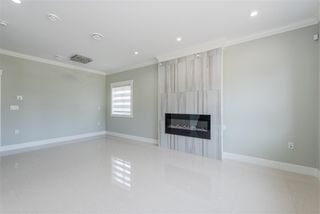 Photo 2: 7130 KITCHENER Street in Burnaby: Sperling-Duthie House 1/2 Duplex for sale (Burnaby North)  : MLS®# R2488051