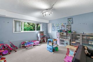 """Photo 35: 1363 GROVER Avenue in Coquitlam: Central Coquitlam House for sale in """"CENTRAL STEPS TO COMO LAKE"""" : MLS®# R2509868"""
