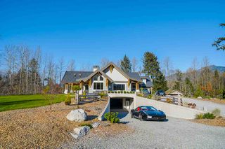 Main Photo: 41605 GRANT Road in Squamish: Brackendale House for sale : MLS®# R2520368