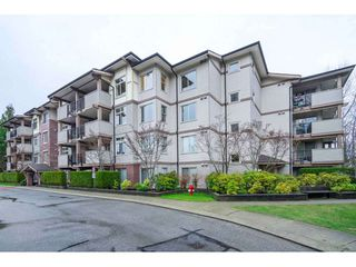 "Photo 1: 401 10092 148 Street in Surrey: Guildford Condo for sale in ""BLOOMSBURY COURT"" (North Surrey)  : MLS®# R2525835"