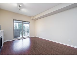"Photo 5: 401 10092 148 Street in Surrey: Guildford Condo for sale in ""BLOOMSBURY COURT"" (North Surrey)  : MLS®# R2525835"