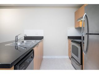 "Photo 11: 401 10092 148 Street in Surrey: Guildford Condo for sale in ""BLOOMSBURY COURT"" (North Surrey)  : MLS®# R2525835"