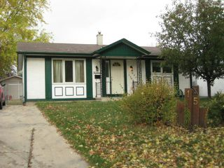 Photo 1: 15 Summerfield Way in WINNIPEG: North Kildonan Residential for sale (North East Winnipeg)  : MLS®# 1120879