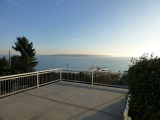 "Photo 6: 15450 ROYAL Avenue: White Rock House for sale in ""White Rock Hillside"" (South Surrey White Rock)  : MLS®# F1401239"