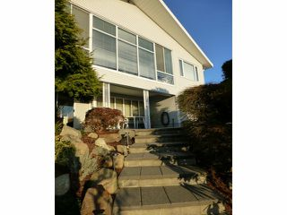"Photo 4: 15450 ROYAL Avenue: White Rock House for sale in ""White Rock Hillside"" (South Surrey White Rock)  : MLS®# F1401239"