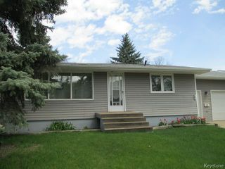 Photo 2: 320 4th Avenue Southwest in DAUPHIN: Manitoba Other Residential for sale : MLS®# 1412304