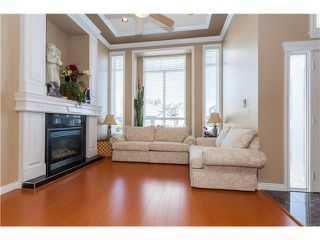 Photo 2: 7555 144A Street in Surrey: East Newton House for sale : MLS®# F1414118