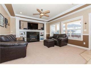 Photo 6: 7555 144A Street in Surrey: East Newton House for sale : MLS®# F1414118