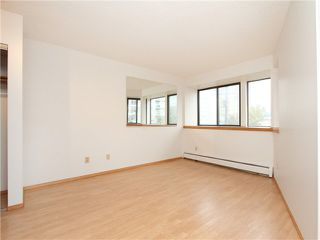 """Photo 10: 5 1115 W 10TH Avenue in Vancouver: Fairview VW Townhouse for sale in """"THE BEST DEAL IN FAIRVIEW!"""" (Vancouver West)  : MLS®# V1093253"""