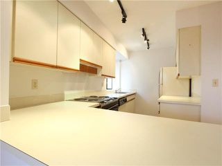 """Photo 5: 5 1115 W 10TH Avenue in Vancouver: Fairview VW Townhouse for sale in """"THE BEST DEAL IN FAIRVIEW!"""" (Vancouver West)  : MLS®# V1093253"""