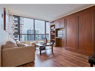 "Photo 8: 2504 977 MAINLAND Street in Vancouver: Yaletown Condo for sale in ""YALETOWN PARK III"" (Vancouver West)  : MLS®# V1094535"