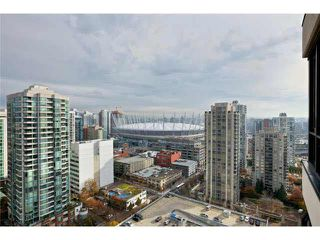 "Photo 12: 2504 977 MAINLAND Street in Vancouver: Yaletown Condo for sale in ""YALETOWN PARK III"" (Vancouver West)  : MLS®# V1094535"