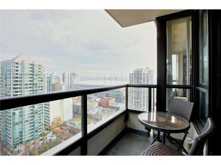 "Photo 11: 2504 977 MAINLAND Street in Vancouver: Yaletown Condo for sale in ""YALETOWN PARK III"" (Vancouver West)  : MLS®# V1094535"