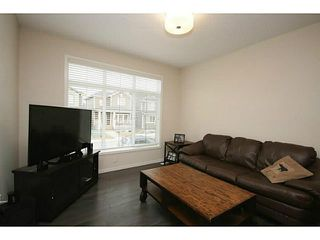 Photo 9: 374 FIRESIDE Place: Cochrane House for sale : MLS®# C3651401