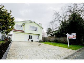Photo 2: 9822 149A Street in Surrey: Fleetwood Tynehead House for sale : MLS®# F1434886