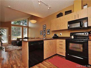 Photo 8: 403 825 Goldstream Avenue in VICTORIA: La Langford Proper Condo Apartment for sale (Langford)  : MLS®# 351492