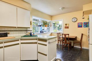 "Photo 6: 105 COLLEGE Court in New Westminster: Queens Park House for sale in ""Queens Park"" : MLS®# R2039051"