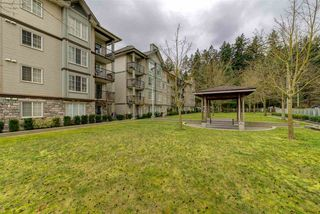 "Photo 2: 305 14859 100 Avenue in Surrey: Guildford Condo for sale in ""GUILDFORD PARK PLACE CHATSWORTH"" (North Surrey)  : MLS®# R2046628"