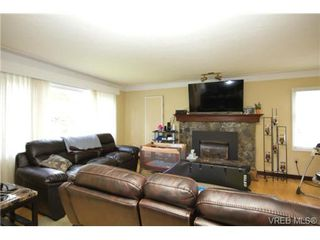 Photo 4: 3053 Shoreview Dr in VICTORIA: La Glen Lake Single Family Detached for sale (Langford)  : MLS®# 725357