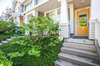 "Photo 2: 7488 MAGNOLIA Terrace in Burnaby: Highgate Townhouse for sale in ""CAMARILLO"" (Burnaby South)  : MLS®# R2060023"
