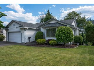 Main Photo: 2318 OLYMPIA Place in Abbotsford: Abbotsford East House for sale : MLS®# R2084861