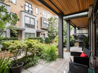 "Photo 5: 3796 COMMERCIAL Street in Vancouver: Victoria VE Townhouse for sale in ""BRIX"" (Vancouver East)  : MLS®# R2090681"