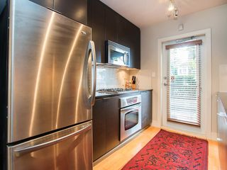 "Photo 15: 3796 COMMERCIAL Street in Vancouver: Victoria VE Townhouse for sale in ""BRIX"" (Vancouver East)  : MLS®# R2090681"