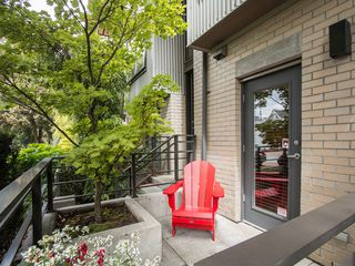 "Photo 17: 3796 COMMERCIAL Street in Vancouver: Victoria VE Townhouse for sale in ""BRIX"" (Vancouver East)  : MLS®# R2090681"