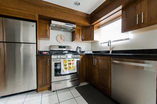 Photo 2: 2590 ADANAC Street in Vancouver: Renfrew VE House for sale (Vancouver East)  : MLS®# R2101435