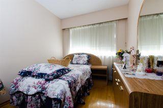 Photo 9: 2590 ADANAC Street in Vancouver: Renfrew VE House for sale (Vancouver East)  : MLS®# R2101435