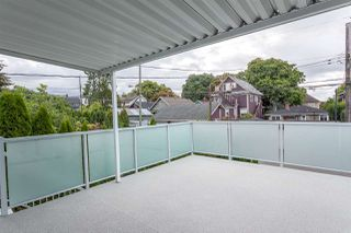 Photo 9: 2026 CHARLES Street in Vancouver: Grandview VE House for sale (Vancouver East)  : MLS®# R2103158