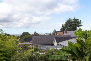 Photo 12: 2026 CHARLES Street in Vancouver: Grandview VE House for sale (Vancouver East)  : MLS®# R2103158