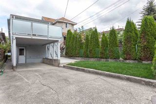 Photo 20: 2026 CHARLES Street in Vancouver: Grandview VE House for sale (Vancouver East)  : MLS®# R2103158