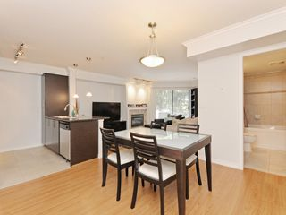 "Photo 9: 2009 84 GRANT Street in Port Moody: Port Moody Centre Condo for sale in ""The Lighthouse"" : MLS®# R2105820"