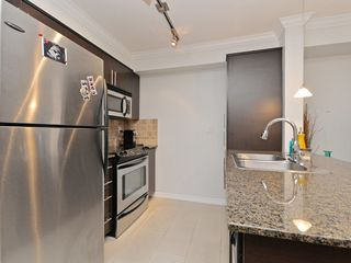 "Photo 13: 2009 84 GRANT Street in Port Moody: Port Moody Centre Condo for sale in ""The Lighthouse"" : MLS®# R2105820"