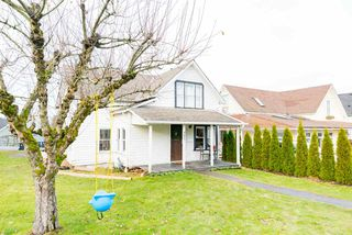"Photo 1: 4827 216A Street in Langley: Murrayville House for sale in ""MURRAYVILLE"" : MLS®# R2128532"