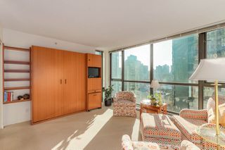 "Photo 3: 1203 1367 ALBERNI Street in Vancouver: West End VW Condo for sale in ""Lions"" (Vancouver West)  : MLS®# R2129197"