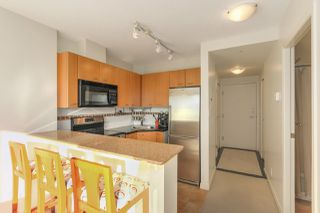 "Photo 5: 1203 1367 ALBERNI Street in Vancouver: West End VW Condo for sale in ""Lions"" (Vancouver West)  : MLS®# R2129197"
