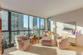 "Photo 2: 1203 1367 ALBERNI Street in Vancouver: West End VW Condo for sale in ""Lions"" (Vancouver West)  : MLS®# R2129197"