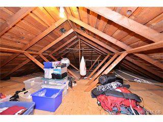 Photo 14: 854 Phoenix Street in VICTORIA: Es Old Esquimalt Single Family Detached for sale (Esquimalt)  : MLS®# 375379
