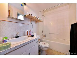 Photo 13: 854 Phoenix Street in VICTORIA: Es Old Esquimalt Single Family Detached for sale (Esquimalt)  : MLS®# 375379