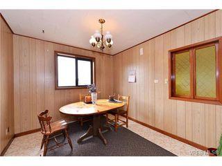 Photo 4: 854 Phoenix St in VICTORIA: Es Old Esquimalt House for sale (Esquimalt)  : MLS®# 753458