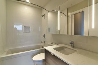 "Photo 14: 2604 602 COMO LAKE Avenue in Coquitlam: Coquitlam West Condo for sale in ""BOSA UPTOWN"" : MLS®# R2153152"