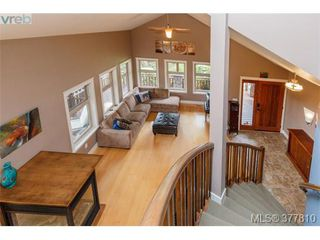 Photo 4: 42 Carly Lane in VICTORIA: VR Six Mile Single Family Detached for sale (View Royal)  : MLS®# 758601