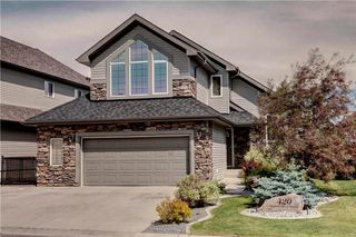 Photo 1: 420 CRYSTAL GREEN Manor: Okotoks House for sale : MLS®# C4124322
