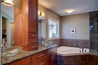 Photo 19: 420 CRYSTAL GREEN Manor: Okotoks House for sale : MLS®# C4124322